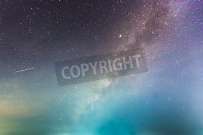 Fototapeta abstrakcyjne długa ekspozycja Drogi Mlecznej w tle nocnego nieba