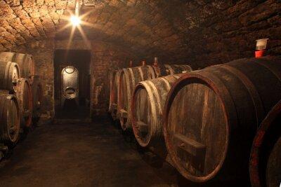 Fototapeta Alter rotwein Weinkeller im Barrique Fass Holzfass