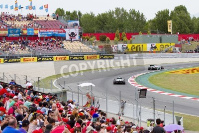 Fototapeta BARCELONA - MAY 12: Mercedes F1 cars racing at Qualifying Session of Formula One Spanish Grand Prix at Catalunya circuit, on May 12, 2012 in Barcelona, Spain