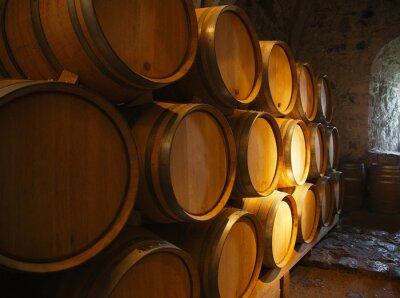 Fototapeta Beczki wina w starej piwnicy