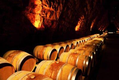 Fototapeta beczki wina w winnicy, Francja