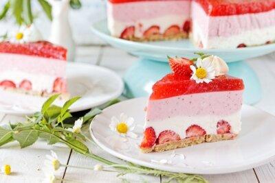Fototapeta Bez pieczenia sernik truskawkowy z jello