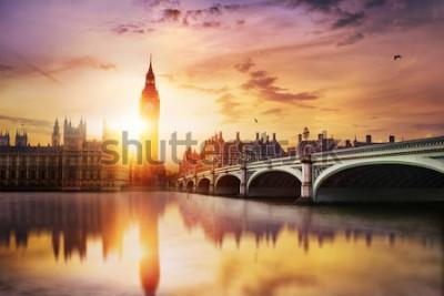 Fototapeta Big Ben i Westminster Bridge o zmierzchu, Londyn, Wielka Brytania