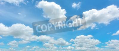 Fototapeta Błękitne niebo i białe chmury