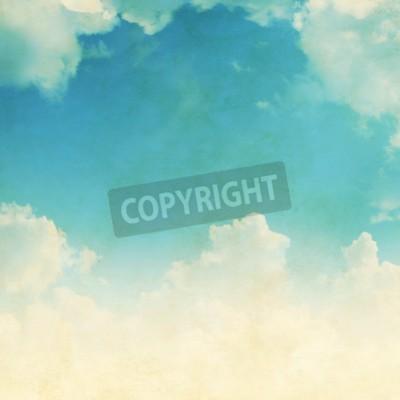 Fototapeta Błękitne niebo z białymi chmurami w stylu grunge.