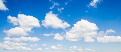 Fototapeta błękitne niebo z chmury bliska