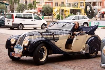 Fototapeta BMW 327/328 na ADAC Trentino Classic; oldtimer wycieczki z historycznych i klasycznego samochodów; Riva del Garda, Włochy, 17-21.9.2008