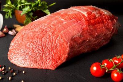 Fototapeta Bodegón de carne.Redondo de ternera
