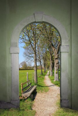 Fototapeta Brama z wiosennego krajobrazu wędrówek,