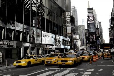 Fototapeta Broadway w Nowym Jorku i żółtych taksówek