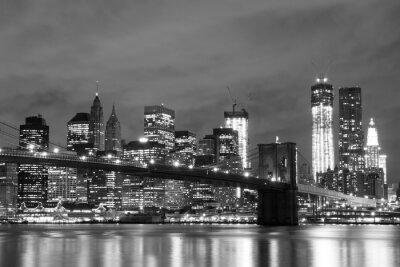 Fototapeta Brooklyn Bridge i Manhattan Skyline At Night, New York City