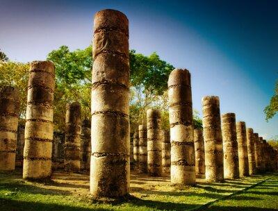 Fototapeta Chichen Itza, Kolumny w świątyni Tysiąca Wojowników