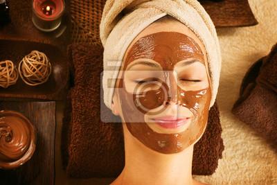 Czekolada Luxury Spa. Facial Mask. Day Spa Treatment
