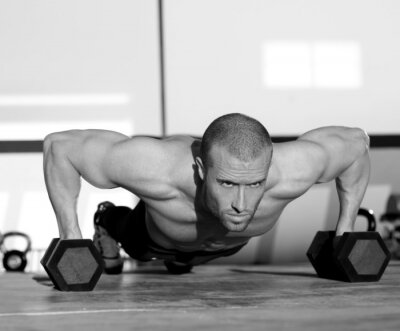 Fototapeta Człowiek Gym push-up pushup siły z hantle