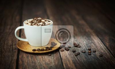 Dobrze strzelać z filiżanką kawy