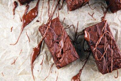domowe ciasteczka czekoladowe na szarym tle vintage, koncepcja ciasto czekoladowe