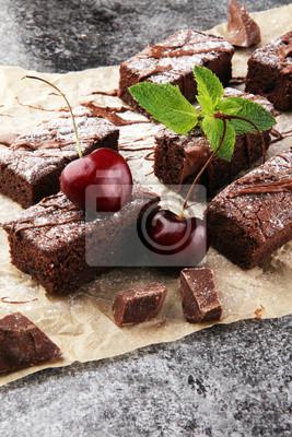 domowe czekoladowe ciasteczka na szarym tle, chocolat