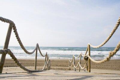 Fototapeta Drewniany chodnik na plaży