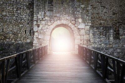 Fototapeta Drzwi do nieba. Światło na końcu tunelu. Nadzieję metaforę.