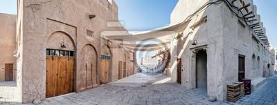 Fototapeta DUBAI, UAE - December 13: View of traditional arabic buildings at Al Fahidi Historical District, Bastakiya