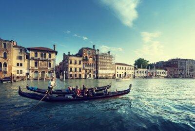 Fototapeta dwie gondole w czasie zachodu słońca, Wenecja, Włochy