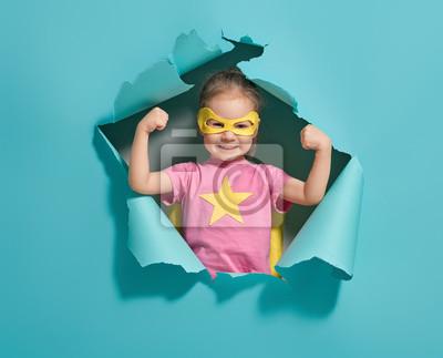 Fototapeta dziecko gra superbohatera