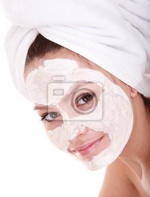 Dziewczyna z gliny twarzy maskę. Samodzielnie.