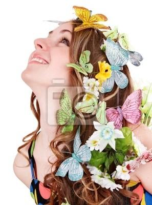 Dziewczyna z Motyl i kwiat na głowie. Wiosna włosy.