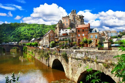 Fototapeta Estaing - jeden z najbardziej vilages prz Francji