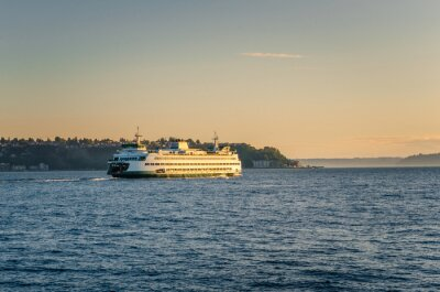 Fototapeta Ferry to Bainbridge Island at Sunset
