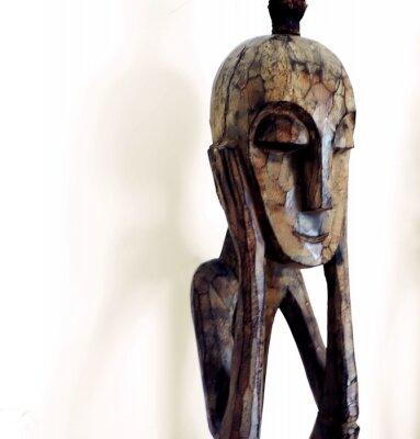 Fototapeta figurka myśliciel - african wood carving
