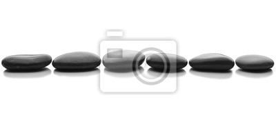 Fototapeta fila de piedras en fondo blanco