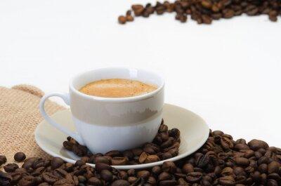 Fototapeta filiżanka kawy i ziarna kawy na worek bielizny