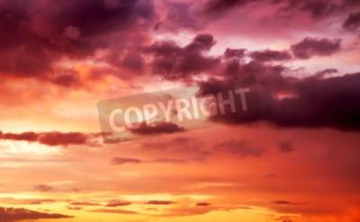 Fototapeta fioletowy zachód słońca na niebie