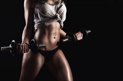 Fototapeta Fitness kobieta w ciężkim treningu