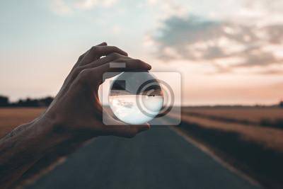 Fototapeta Focalizza l'obiettivo all'orizzonte.