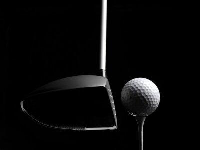 Fototapeta Golf Drewno z Golf Ball i Golf Tee samodzielnie na czarnym