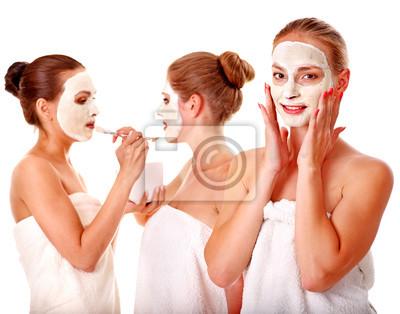 Grupa kobiet z twarzy maskę .