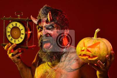 Halloween Szatan Z Brodą Rany Krew Tatuaż Na Klatce Piersiowej Fototapety Redro