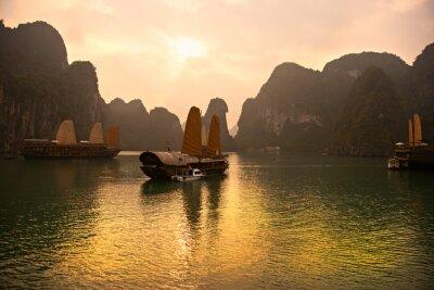 Fototapeta Halong Bay, Wietnam. Listę Światowego Dziedzictwa UNESCO.