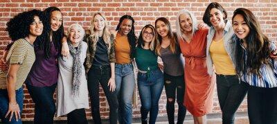 Fototapeta Happy diverse women in a row