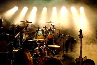 Fototapeta Instrumenty muzyczne, perkusja / gitara na scenie