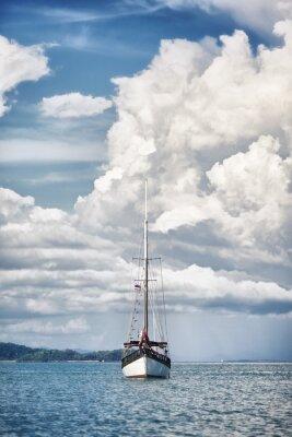 Fototapeta Jacht na Morzu