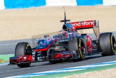 Fototapeta Jerez de la Frontera, Hiszpania - 08 lutego: Jenson Button z McLaren wyścigi F1 na szkolenie w dniu 08 lutego 2012, w Jerez de la Frontera, Hiszpania