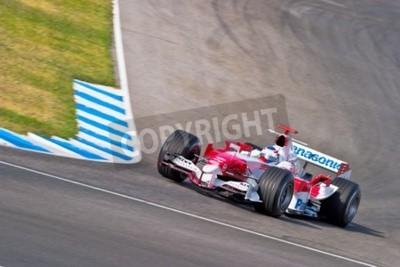 Fototapeta Jerez de la Frontera, Hiszpania - 22 czerwca: Olivier Panis Toyota F1 wyścigi na sesji szkoleniowej w dniu 22 czerwca 2005 w Jerez de la Frontera, Hiszpania