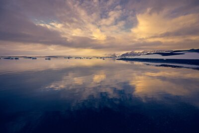 Jezioro Jokulsarlon, Islandia