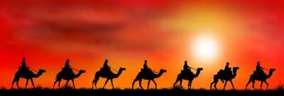 Fototapeta Karawana wielbłądów o zachodzie słońca 1