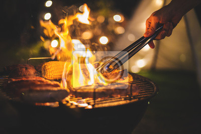 Fototapeta kemping z grillem