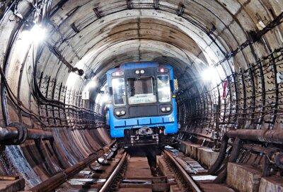 Fototapeta Kijów, tunel metra Dworzec w
