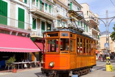 Fototapeta Klasyczny tramwaj drewna z Puerto de Soller na Majorce